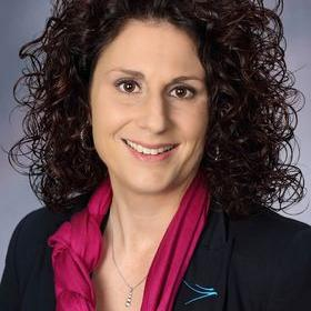 Picture of Elizabeth Jaeger